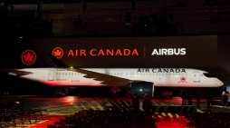 Air Canada Celebrates the Arrival of its First Airbus A220
